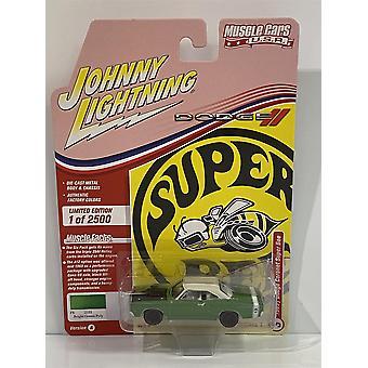 1969 1/2 Dodge Coronet Super Bee Green Poly 1:64 Johnny Lightning JLMC025A
