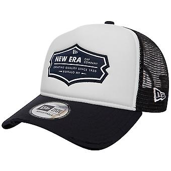 New Era Adjustable Trucker Cap - DISTRESSED navy