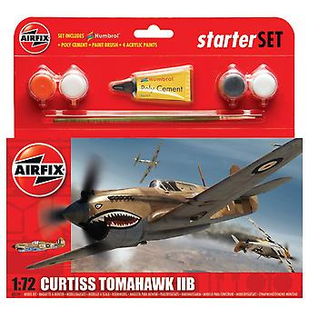 Airfix A55101 Curtiss Tomahawk IIB Starter Set 1:72 Model Kit