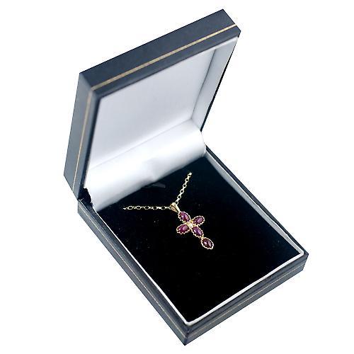9ct Gold 25x16mm Kreuz set mit 5 Rubinen und 1 Perle auf eine Belcher Kette 24 Zoll