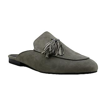 Kenneth Cole New York Womens Whinnie Suede Round Toe Mules