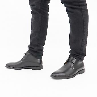 Steptronic Mitcham Mens Leather Wide Fit Chukka Boots Black