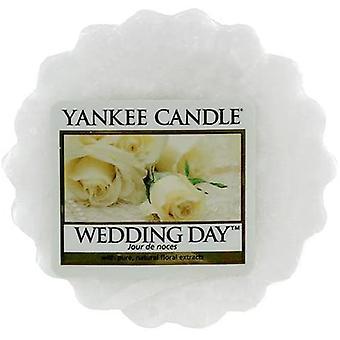 Yankee candle wedding day wax tart
