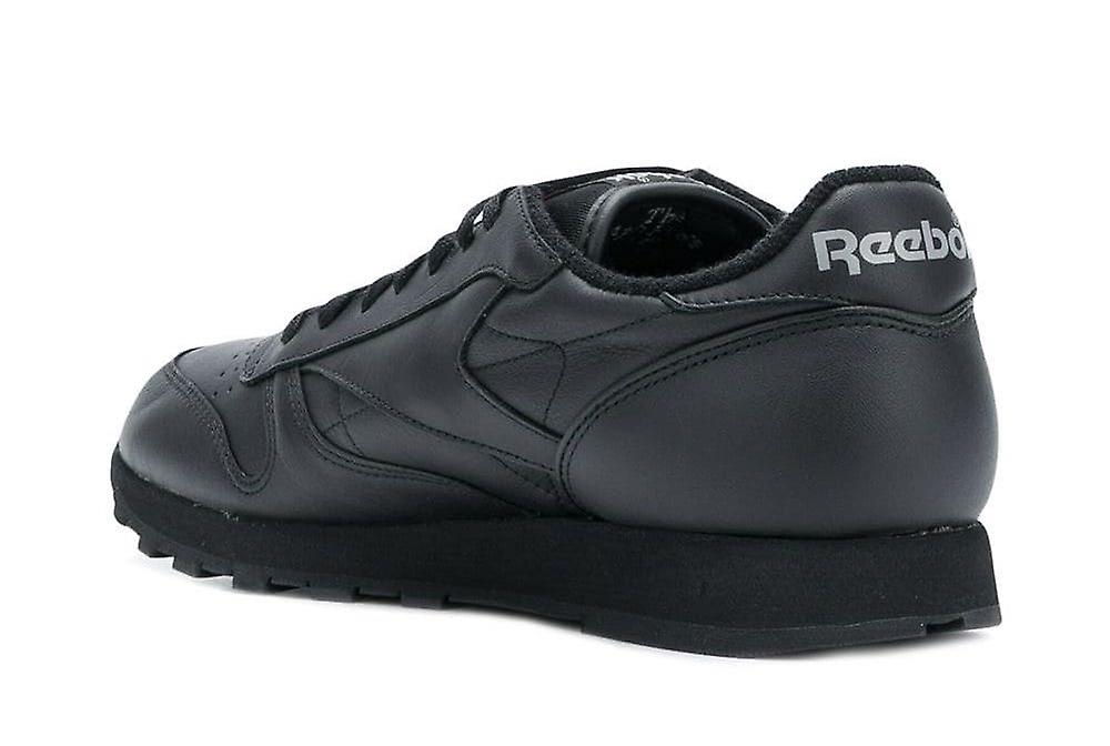 Classic Leather Archive Sneakers