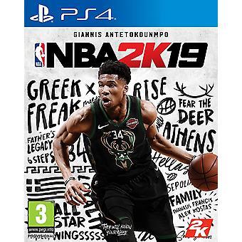 NBA 2K19 PS4 Game (Duitse doos - Meerdere taal in game)