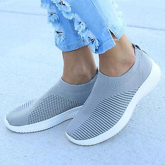 Breathable Mesh Vulcanized Outdoor Flat Slip-on Sock Shoes
