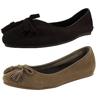 Crocs Womens Lina verfraaide suède platte schoenen