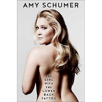 Flickan med den nedre ryggen tatueringen av Amy Schumer