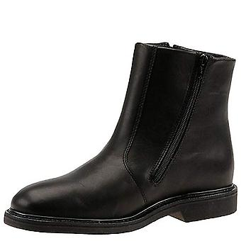 Fin & Feather Men's Shoes 7