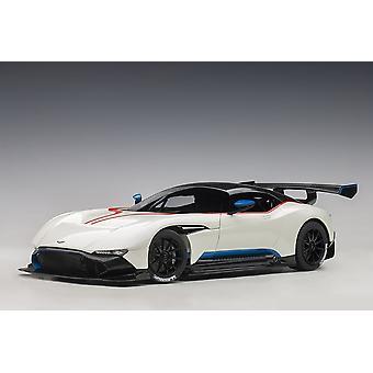 Aston Martin Vulcan (2015) Composite Model Car