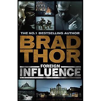 Influenza straniera da Brad Thor - 9781444712346 libro