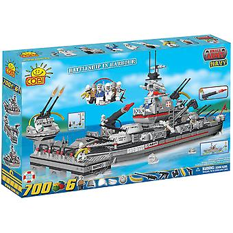 Small Army 700pc Battleship Cruiser in Harbour Construct St
