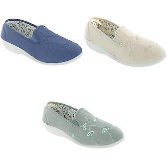 Mirak Bessie Twin Gusset Canvas Slip-on / Womens Shoes
