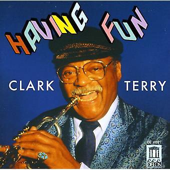 Clark Terry - Having Fun-Clark Terry [CD] USA import