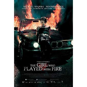 The Girl Who Played with Fire Movie Poster (11 x 17)