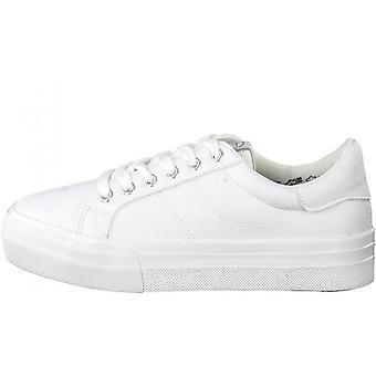 Białe zmywalne płaskie buty