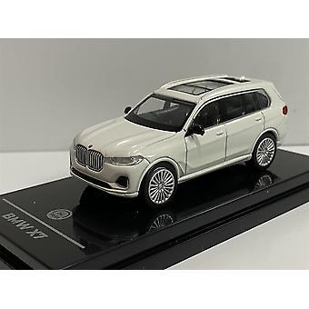 BMW X7 White RHD 1:64 Scale Paragon 65192R