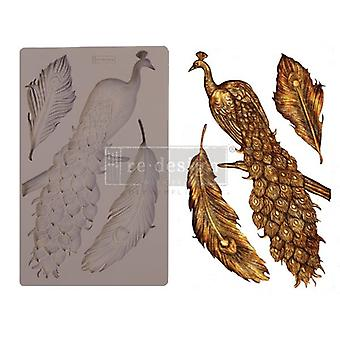 Re-Design met Prima Regal Peacock 5x8 Inch Mould