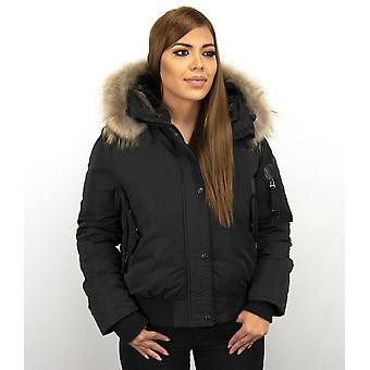 Short Winter coat - With Fur Collar - Black