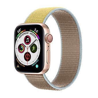 Apple Watch 5 (40mm) Nylon Armbånd - Kamel