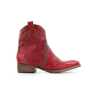 ZOE RED TEXAN STYLE BOOTIE