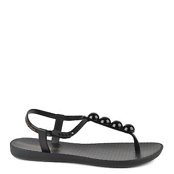 Ipanema Charm Black Pebble Rubber Sandal