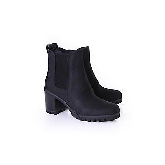 UGG Womens Hazel Waterproof Boot