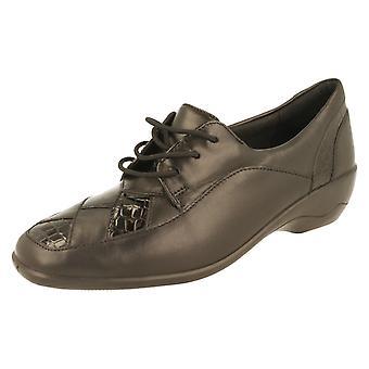 Ladies Padders Extra Wide Fitting Low Heel Shoe Greta