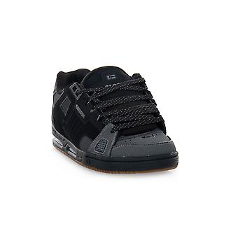 Globe sabre dark shadow skate shoes