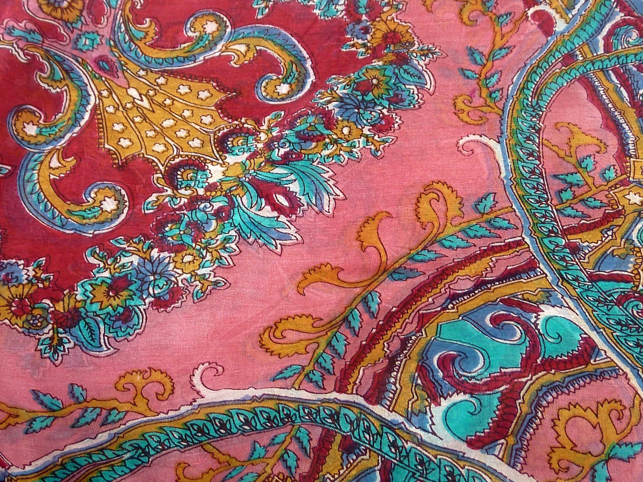 Mulberry Silk Classic Square Scarf Querim Fuchsia by Pashmina & Silk