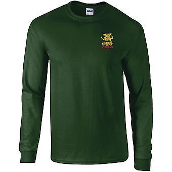 Buffs Veteran-lisensoitu Britannian armeijan kirjailtu pitkähihainen T-paita