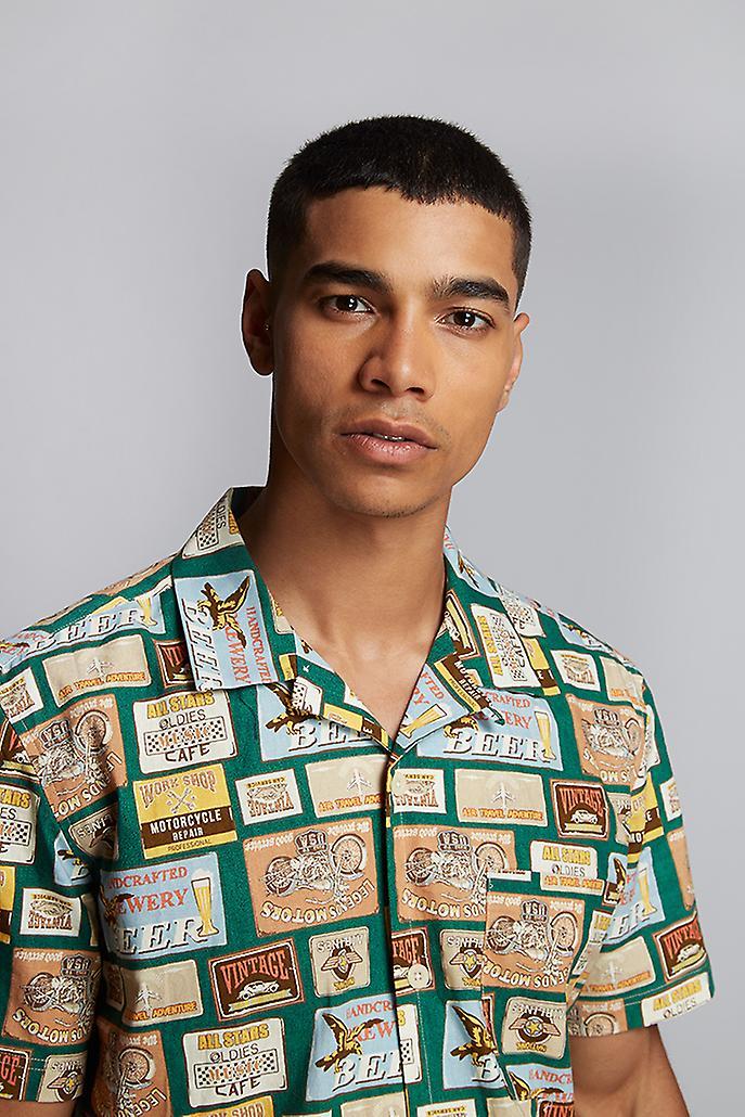Hymn Beer Mat Print Resort Shirt Green