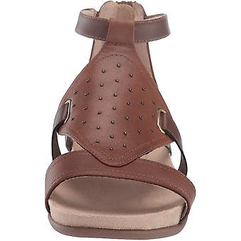 Natural Soul Women's AVONLEE Flat Sandal, MID Brown, 5.5 M US