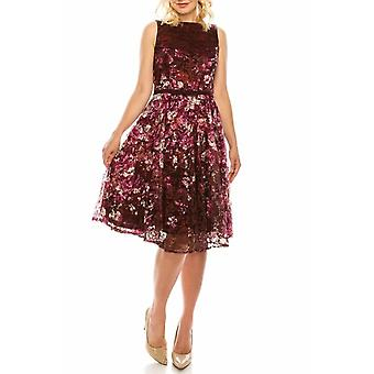 Floral Lace Sleeveless Belted Dress