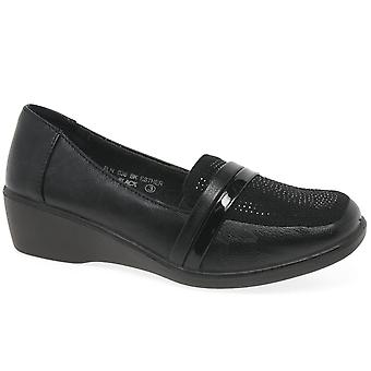 Lunar (GRS) Esther Womens Shoes