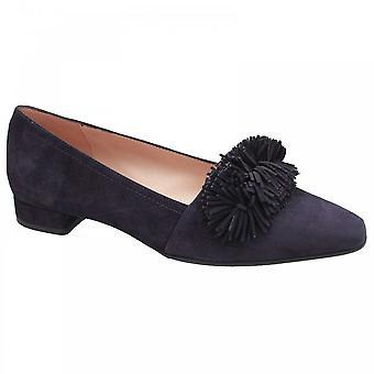 Perlato Low Heel Front Fringe Court Shoes