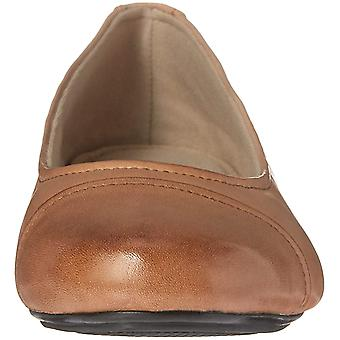 Eastland Womens gia Leather Almond Toe Ballet Flats