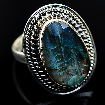 Labradorite Ring Size 8 (925 Sterling Silver)  - Handmade Boho Vintage Jewelry RING983901