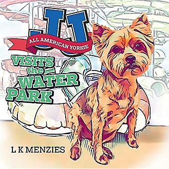JJ All American Yorkie Visits The Water Park par L K Menzies