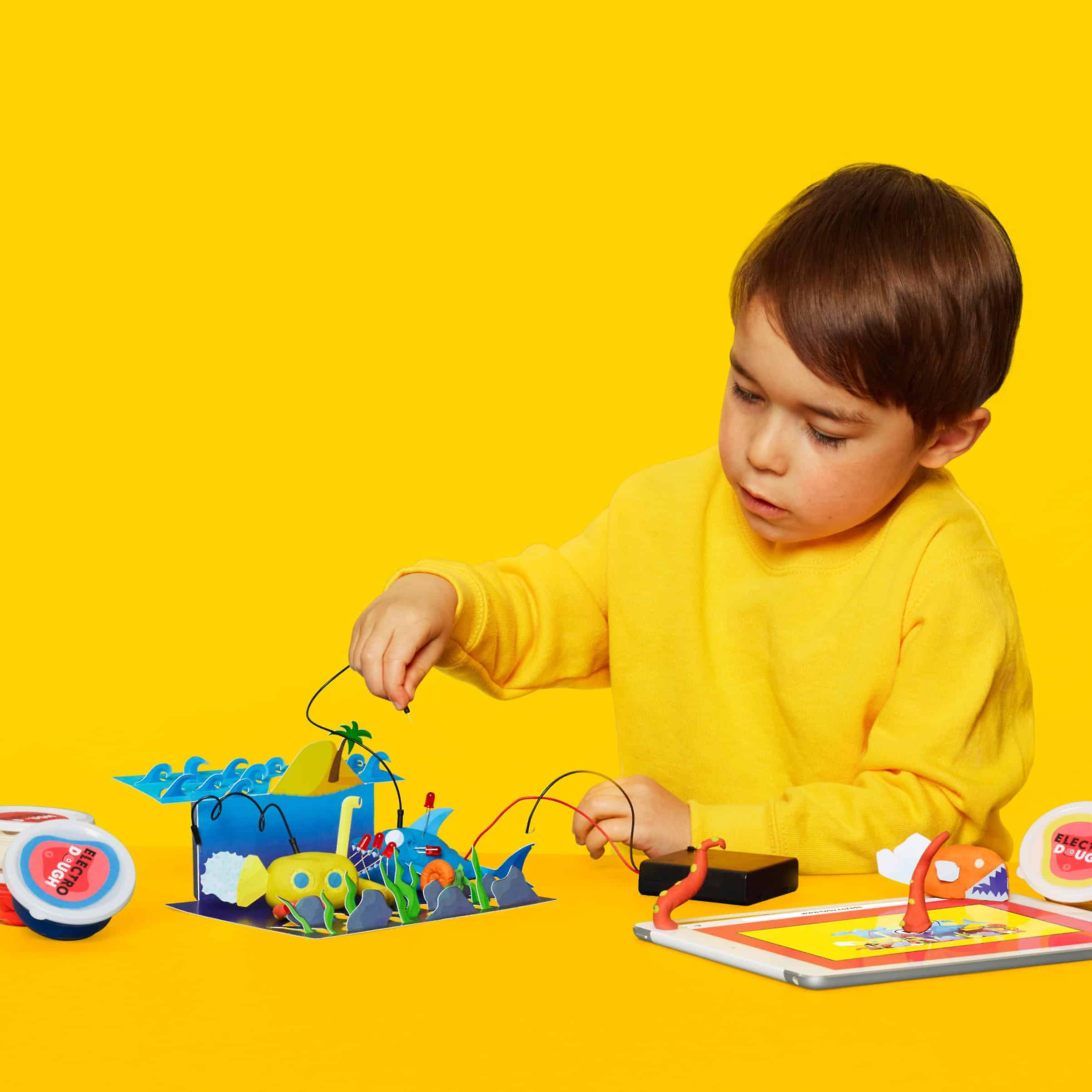 Tech Will Save Us Electro Dough Story Kit | Educational STEM Toy, Ages 4 and up