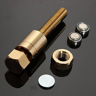 Performance Tricks - Roterende Mind Screw, Close Up, Nut Props Magic Bolt