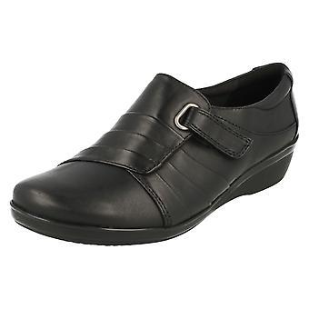 Senhoras Clarks Cunha baixa sapatos inteligentes Everlay Luna
