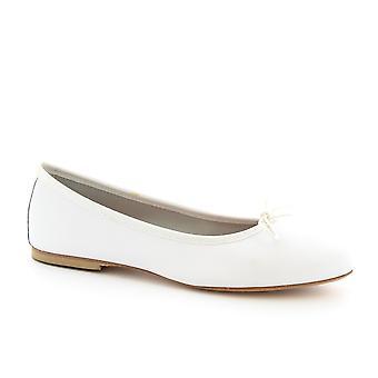Leonardo Shoes Women's handmade ballet flats shoes in white napa leather
