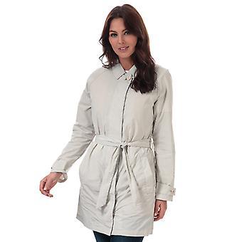 Women's Henri Lloyd Consort Long Memory Satin Jacket in Cream