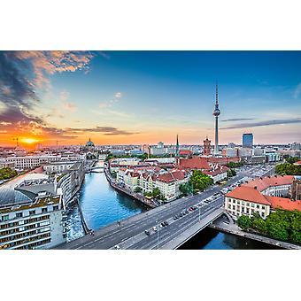 Tapetmaleri Flyfoto av Berlin Skyline med berømt TV-tårn og Spree-elv