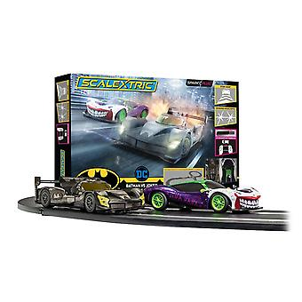 Scalextric Batman vs Joker Zünden Plug Race Set