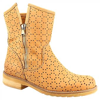 Leonardo Shoes Women's handmade ankle boots in tan openwork suede leather with side zip