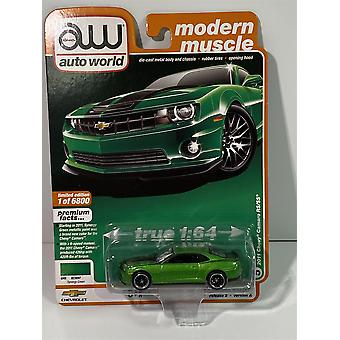 2011 Chevy Camaro RS/SS Synergy Green 1:64 Auto World AW64252A