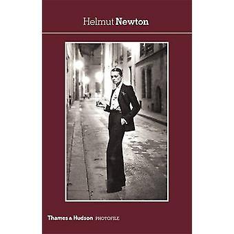 Хельмут Ньютон Карл Лагерфельд - Хельмут Ньютон - 9780500410691 Книга