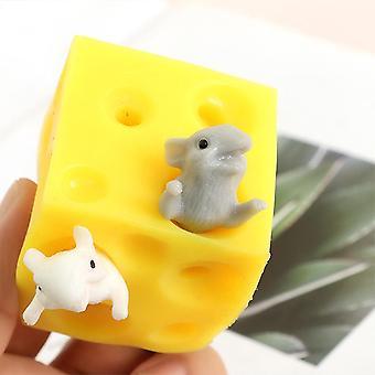 Ocultar y buscar alivio del estrés ratón y juguete de queso - Squishable figuras bloque